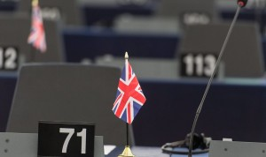 Αποτέλεσμα εικόνας για Το Brexit πρέπει πρώτα να περάσει από τη Βουλή
