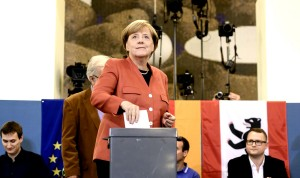 Πρώτη με απώλειες η Μέρκελ, τρίτο κόμμα η ακροδεξιά δείχνουν τα exit poll
