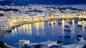 Δώδεκα φορολογικές παραβάσεις εντόπισαν οι ελεγκτές στο εστιατόριο της Μυκόνου με τα «χρυσά καλαμαράκια»