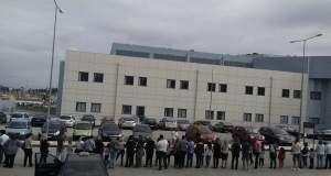 Κέρκυρα: Γονείς και παιδιά κύκλωσαν το νοσοκομείο και φώναξαν «θέλουμε γιατρούς»