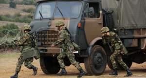 Φαντάροι καταγγέλλουν: Ο «καριερίστας» διοικητής κάνει συνεχώς αποσπάσεις