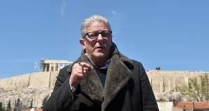 Φαμπρ: Υποστήριζα τους Έλληνες καλλιτέχνες, κάποιοι ήταν λιγάκι ηλίθιοι