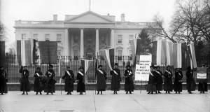 Η «Νύχτα του Τρόμου» που άνοιξε το δρόμο για τη γυναικεία ψήφο