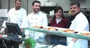 Ο μετανάστης που βοήθησε Σύρους πρόσφυγες να ανοίξουν εστιατόριο στη Γερμανία