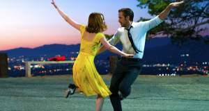 Ράιαν Γκόσλινγκ και Έμμα Στόουν ερωτεύονται στο μιούζικαλ «La La Land»