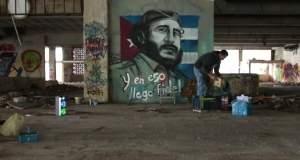 Ένα γκράφιτι του Φιντέλ Κάστρο στην καρδιά της Αθήνας