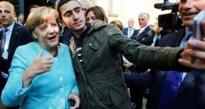 Σύρος πρόσφυγας στέλνει το Facebook στο εδώλιο