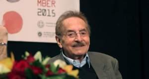 Τα δέκα αγαπημένα ντοκιμαντέρ του Δημήτρη Εϊπίδη
