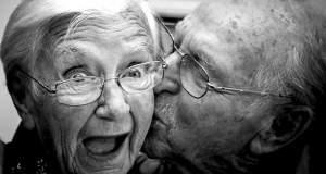 Το προσδόκιμο ζωής θα ξεπεράσει τα 90 χρόνια έως το 2030 (αλλά όχι στην Ελλάδα)