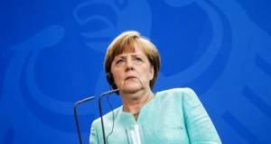 Η Μέρκελ επιτίθεται στο SPD