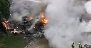 Αεροσκάφος έπεσε πάνω σε σπίτια στην Καλιφόρνια - Τουλάχιστον τέσσερις νεκροί [Βίντεο]