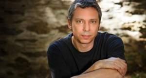 Αλκίνοος Ιωαννίδης: «Παλινδρομώντας από τη δημιουργία στην καταστροφή»