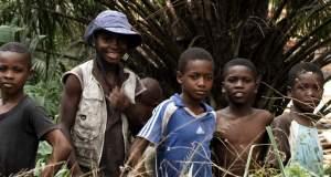 Φάκελος Σοκολάτα: Η παιδική εργασία και η απίστευτη ιστορία τριών δημοσιογράφων