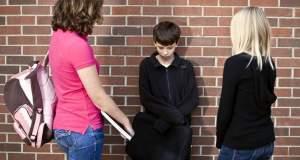 Eνδοσχολική βια: Tι είναι, γιατί συμβαίνει, πώς αντιμετωπίζεται;