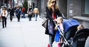 Οι «Μαμάδες στον Δρόμο» για ελεύθερα πεζοδρόμια