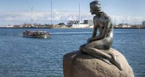 Η Δανία πλήρωσε το σύνολο του χρέους της σε ξένο νόμισμα