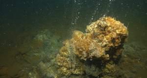 Σαντορίνη: Η επικίνδυνη «αναπνοή» του ηφαιστείου Κολούμπο