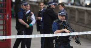 Μία τραυματίας και 4 συλλήψεις σε αντιτρομοκρατική επιχείρηση στο Λονδίνο