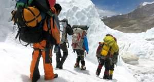 Ακόμη τέσσερις νεκροί ορειβάτες στο Εβερεστ