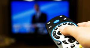 Ακόμη και μέσα στο καλοκαίρι ο διαγωνισμός για τις τηλεοπτικές άδειες