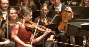 Μια Ολλανδή βιολονίστρια παίζει Τσιτσάνη! [ΒΙΝΤΕΟ]