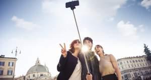 Το Μιλάνο απαγόρευσε τα selfie stick