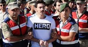 Τουρκία: Στην φυλακή για μπλουζάκι που γράφει την λέξη «'Ηρωας»