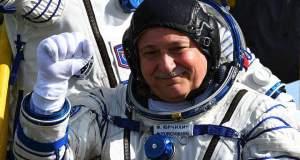 Ο Γιουρτσίχιν ετοιμάζεται για εξάωρο διαστημικό περίπατο που θα μεταδοθεί ζωντανά