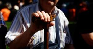 Το δημογραφικό απειλεί με συντριβή την Ελλάδα