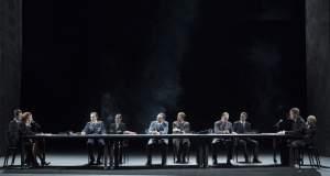 O Ζοέλ Πομμερά μεταμορφώνει τη Στέγη σε κοινοβούλιο
