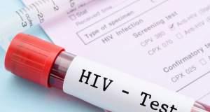 Αυξάνονται τα κρούσματα του HIV σε άτομα άνω των 50 ετών