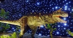 Γιγάντιοι δεινόσαυροι στην παραλία της Θεσσαλονίκης! [ΒΙΝΤΕΟ]
