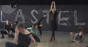 Bobbi Jene: Η ιστορία της πρώτης χορεύτριας της Batsheva Dance Company