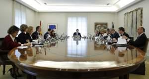 Η ισπανική κυβέρνηση συνεδριάζει για την άρση της καταλανικής αυτονομίας