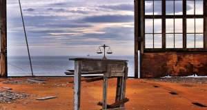 «Πειραιάς, δεν βρίσκω άλλο λιμάνι…»: Έκθεση φωτογραφίας του Δημήτρη Θεοδόση