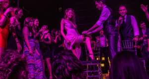 Falsa Boda: Ψεύτικοι γάμοι για ξέφρενα πάρτι