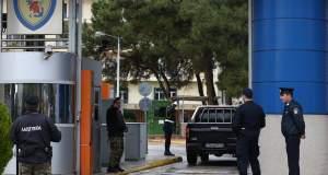 Μετατίθενται όσοι υπηρετούσαν στην πύλη του Πενταγώνου κατά την εισβολή του Ρουβίκωνα