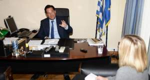 ΣΥΡΙΖΑ: Ο Γεωργιάδης άφησε τις τηλεπωλήσεις για να γίνει ατζέντης επιχειρηματικών συμφερόντων