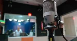 Στα πρότυπα των καναλιών οι άδειες για τα ραδιόφωνα