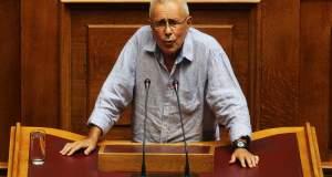 Κώστας Ζουράρις στο Tvxs.gr:  «Το γενναίον ψεύδος»