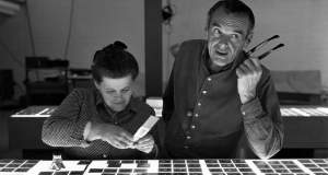 Charles και Ray Eames: Οι μάγοι του του design που έβαλαν τον μοντερνισμό σε όλα τα σπίτια