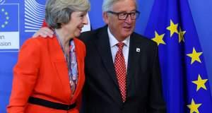Προσφορά του Γιούνκερ στην Βρετανία να παραμείνει στην ΕΕ