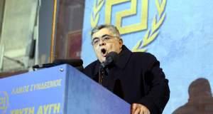 Συνοδοί του Μιχαλολιάκου συστήθηκαν ως αστυνομικοί και «συνέλαβαν» δημοσιογράφο