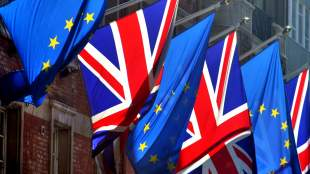 Πίσω από τη βιτρίνα του brexit