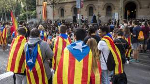 «Μυρίζει μπαρούτι» στην Καταλονία - Αιφνίδια αλλαγή του αρχηγού της τοπικής αστυνομίας