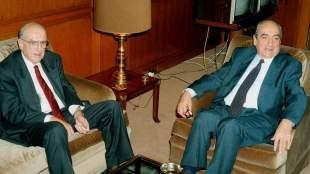 Αποκαλύψεις Βαρβιτσιώτη για το '89: Η «σιγουριά» Μητσοτάκη για το πολιτικό τέλος του Παπανδρέου και οι προειδοποιήσεις Καραμανλή