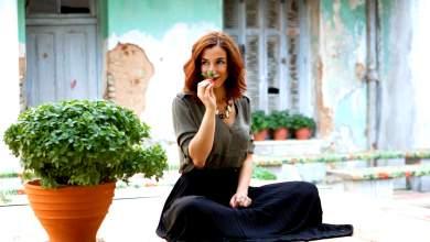 Μαρίζα Ρίζου: Η ζωή είναι εκεί έξω, όχι σε μίζερες οθόνες