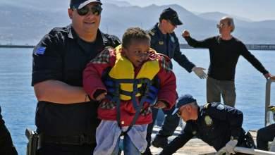 Προσφυγάκι έφτασε στην Χίο ντυμένο «Μπάτμαν»