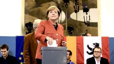 Πρώτη με απώλειες η Μέρκελ - Tρίτο κόμμα η ακροδεξιά
