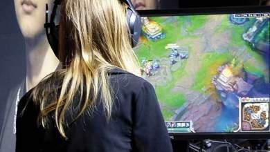 Πλούσιοι παίζοντας online παιχνίδια
